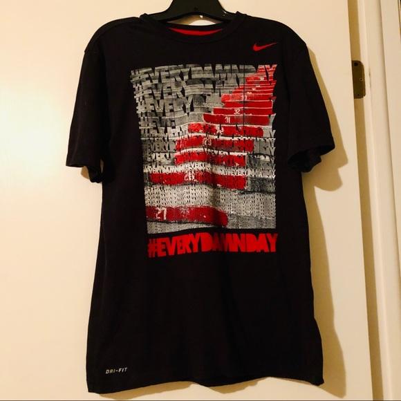 31b476e3 Nike Shirts | Drifit Short Sleeve Black Graphic Tee Mens | Poshmark